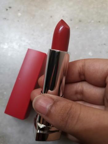 Maybelline New York Color Sensational Creamy Matte Lipstick The Bricks-City Heat Collection - 5 East Village Rose